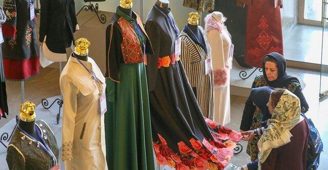 جشنواره مُد و لباس فجر در کرمانشاه شروع به کار کرد