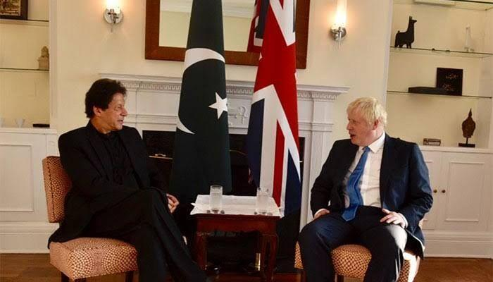 خبرنگاران عمران خان خواهان همکاری پاکستان و انگلیس برای مهار کرونا شد