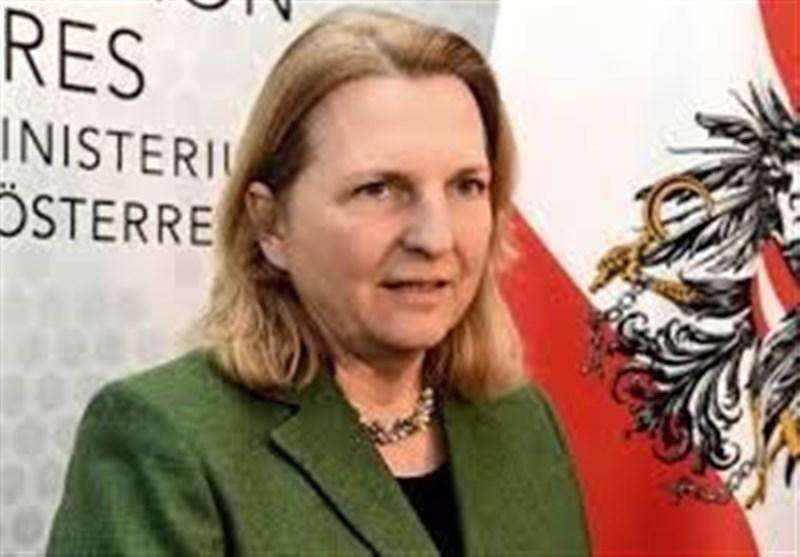 خشونت خانگی حاصل از قرنطینه گریبان وزیر اتریشی را هم گرفت