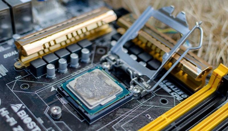ثبت سفارش واردات محصولات رایانه ای متوقف شد ، پیش بینی قیمت محصولات IT