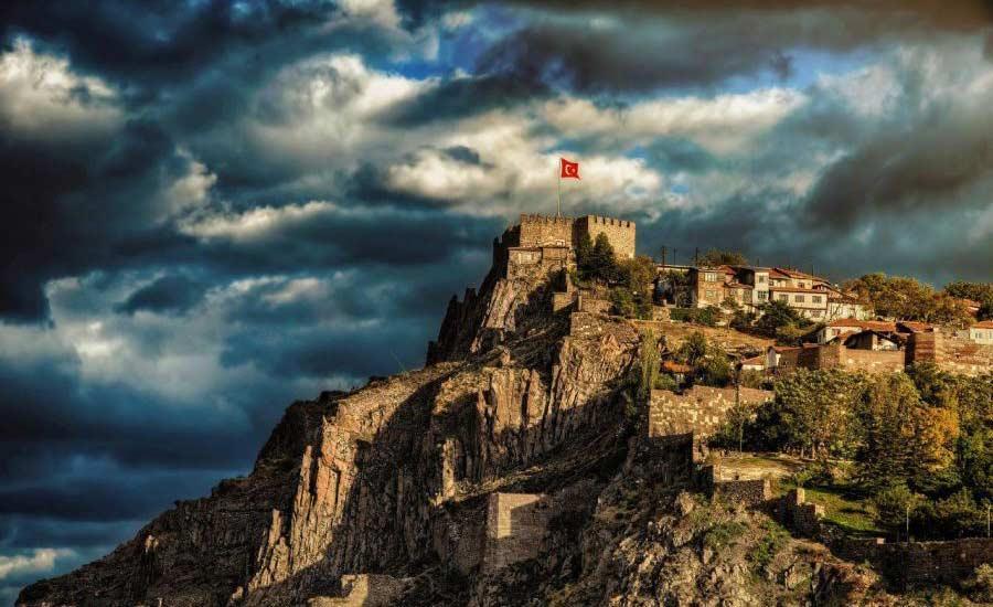 آشنایی با قلعه آنکارا اماکن تاریخی آنکارا