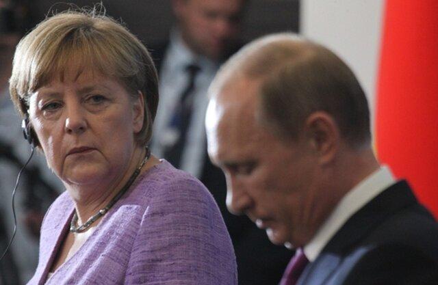 مرکل: مدرک دارم که هدف حملات هکرهای روسی قرار گرفته ام