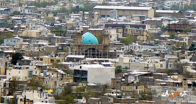 مرور دوره های مختلف معماری ایرانی در یکی از مساجد بروجرد
