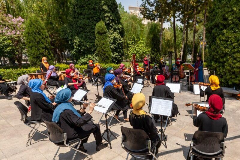 خبرنگاران ارکستر سمفونیک بانوان سرزمین مادری منتشر کرد