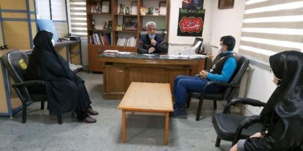 برگزاری جلسه مددکاری در بنیاد قائمشهر