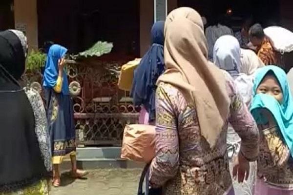 هدایت اشتباه گوگل مپ داماد اندونزیایی را به دردسر انداخت (فیلم)