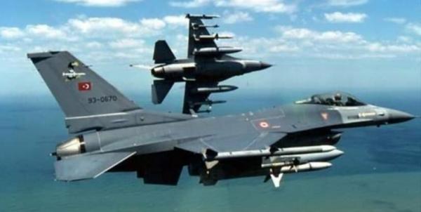 تقابل جت های یونان با جنگنده های اف-16 ترکیه بر فراز دریای اژه