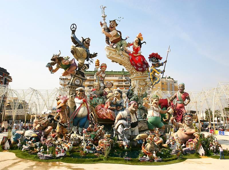 جشنواره آتش بازی در اسپانیا