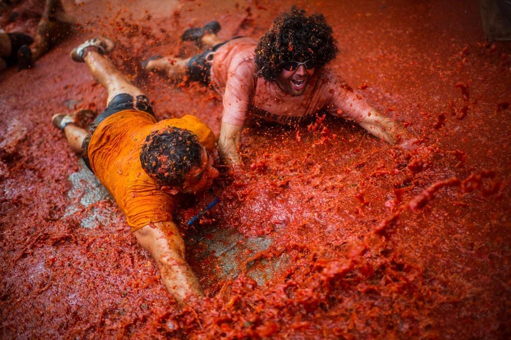 جشنواره مهیج پرتاب گوجه در اسپانیا