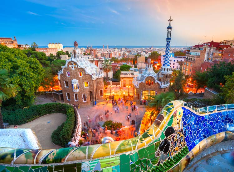 بارسلونا شهری حیرت انگیز در اسپانیا