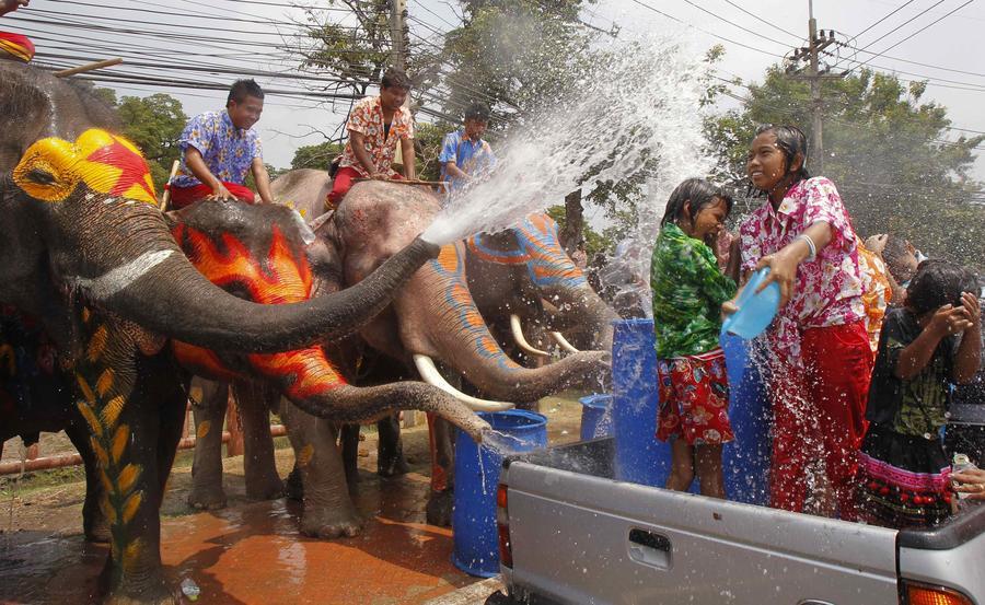 معرفی جشن آب در تایلند